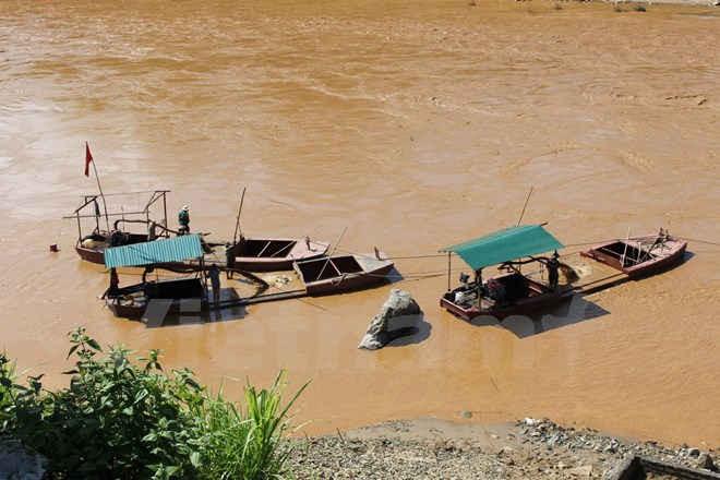 Nạn khai thác cát trái phép trên sông Mã sẽ được đưa vào một mối để quản lý chặt, tránh gây thất thu ngân sách Nhà nước, hạn chế tình trạng sạt lở.