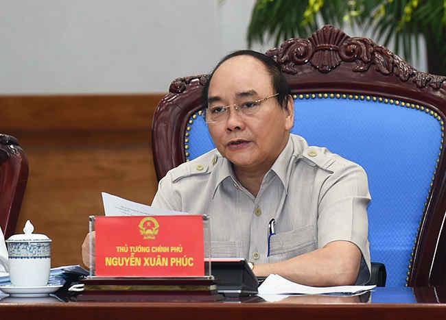 Thủ tướng Nguyễn Xuân Phúc chủ trì phiên họp thường kỳ Chính phủ tháng 5/1016. Ảnh: chinhphu.vn