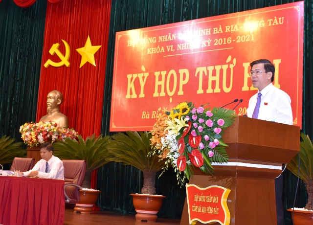 Ông Nguyễn Hồng Lĩnh, Ủy viên Trung ương Đảng, Bí thư Tỉnh ủy, Chủ tịch HĐND tỉnh Bà Rịa - Vũng Tàu phát biểu khai mạc kỳ họp