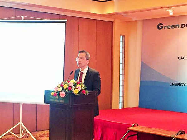 Ông Fujita Hiroshi - Phó giám đốc Văn phòng quản lý chính sách fluorocarbon, Cục Môi trường toàn cầu - MOEJ phát biểu chào mừng hội thảo
