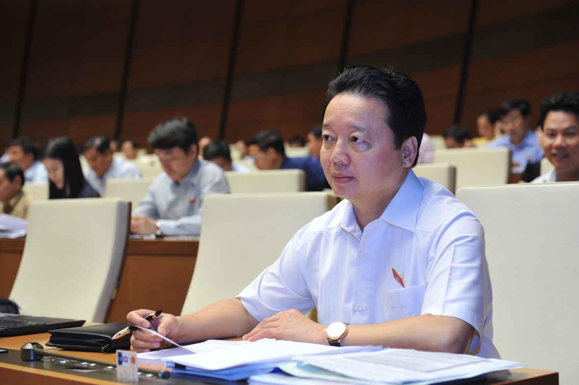 Bộ trưởng Bộ Tài nguyên và Môi trường Trần Hồng Hà được phân công chuẩn bị Báo cáo của Chính phủ về công tác bảo vệ môi trường trong phạm vi cả nước.  - Ảnh: Quốc Khánh