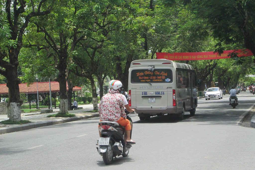 Tiếng ồn xuất phát từ các phương tiện giao thông luôn tiềm ẩn nhiều nguy hại