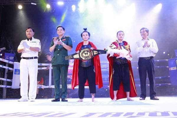 Bản linh và kinh nghiệm thi đấu giúp Tuyết Mai bảo toàn ngôi vô địch hạng cân 56kg