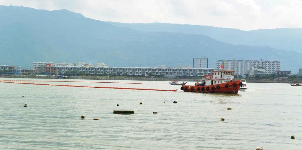 Đà Nẵng diễn tập ứng phó sự cố tràn dầu