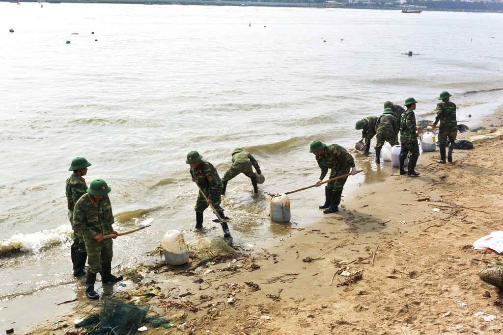 Đà Nẵng là địa phương đầu tiên trên cả nước tổ chức diễn tập ứng phó sự cố tràn dầu cấp thành phố