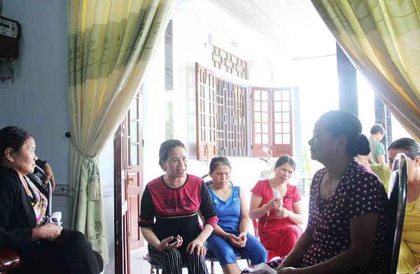  Người dân thôn 4 xã Điền Hòa bức xúc trước cách làm sai của chính quyền khiến họ khốn khổ trong việc làm sổ đỏ 