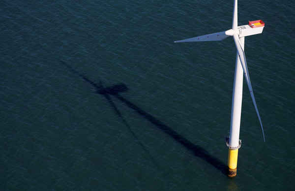 Toàn cảnh về trang trại gió ngoài khơi Walney Extension do Orsted điều hành ngoài khơi bờ biển Blackpool, Anh Quốc vào ngày 5/9/2018. Ảnh: Phil Noble