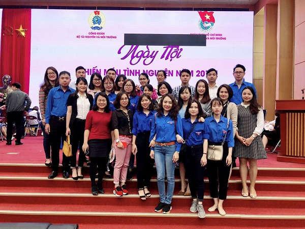 Thanh niên Nhà xuất bản Tài nguyên Môi trường và Bản đồ Việt Nam