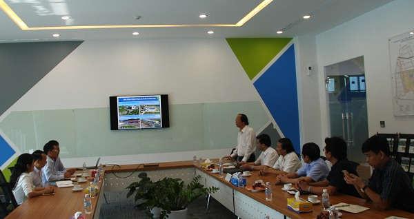Thứ trưởng Võ Tuấn Nhân tại buổi làm việc với Công ty TNHH VSIP Nghệ An