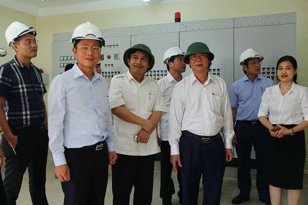 Thăm phòng điều hành Nhà máy xử lý nước thải Dự án Khu Công nghiệp, Đô thị và Dịch vụ VSIP Nghệ An