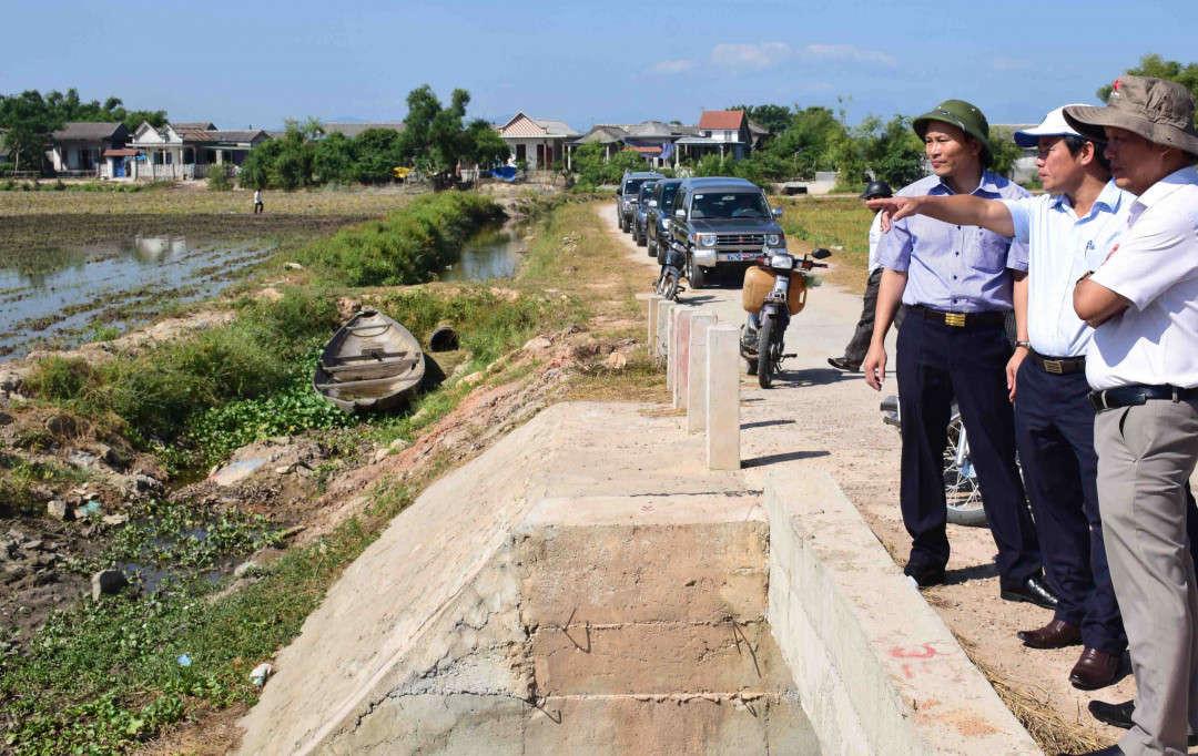 Lãnh đạo tỉnh Thừa Thiên Huế kiểm tra các công trình thủy lợi trên địa bàn để chống hạn cho vụ Hè Thu
