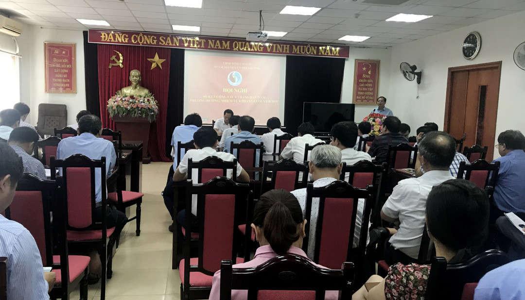 Quang cảnh của hội nghị sơ kết 6 tháng đầu năm và triển khai nhiệm vụ 6 tháng cuối năm 2019 của Sở Tài nguyên và Môi trường Lào Cai..