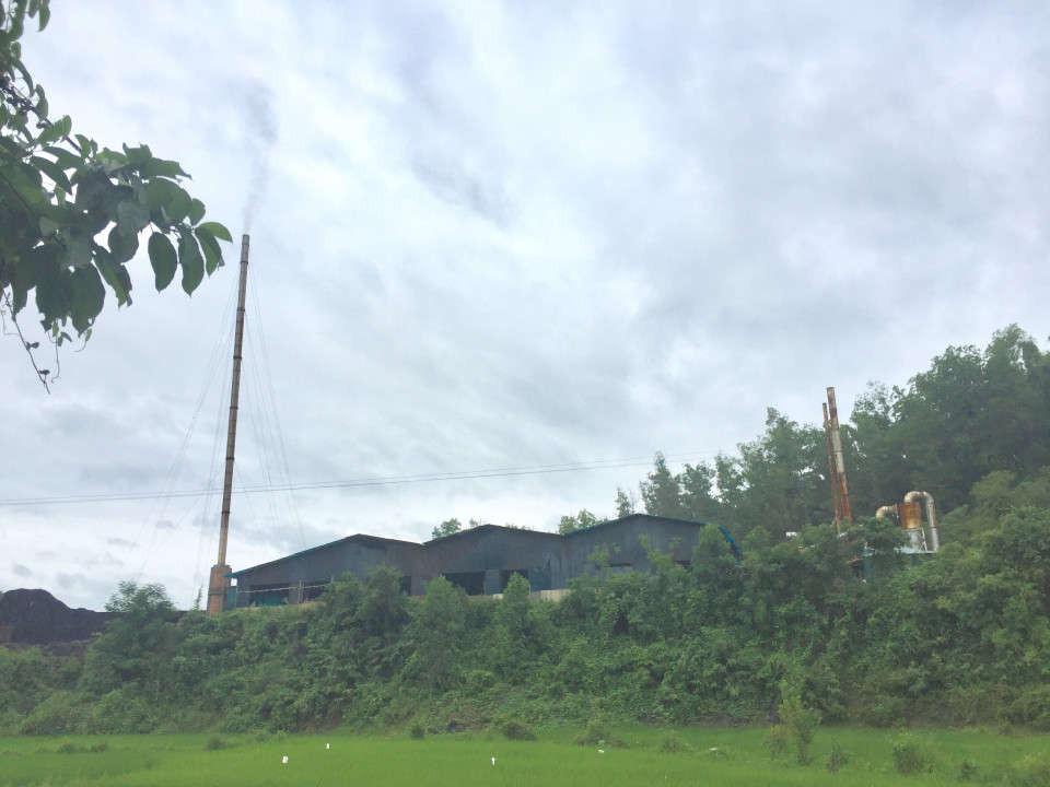 Khu vực sản xuất than cốc của Công ty Tây Bắc tại bản Pú Tửu, xã Thanh Xương, huyện Điện Biên