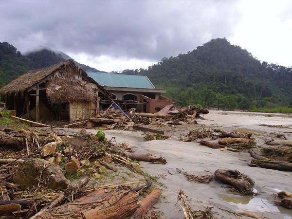 Đề phòng lũ quét và sạt lở đất ở các huyện miền núi ở Nghệ An