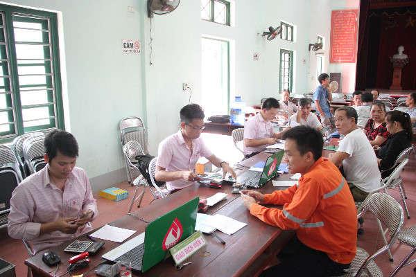 Giải ngân Quỹ vốn vay Phục hồi kinh tế ủy thác qua Ngân hàng chính sách xã hội huyện Đại Từ.