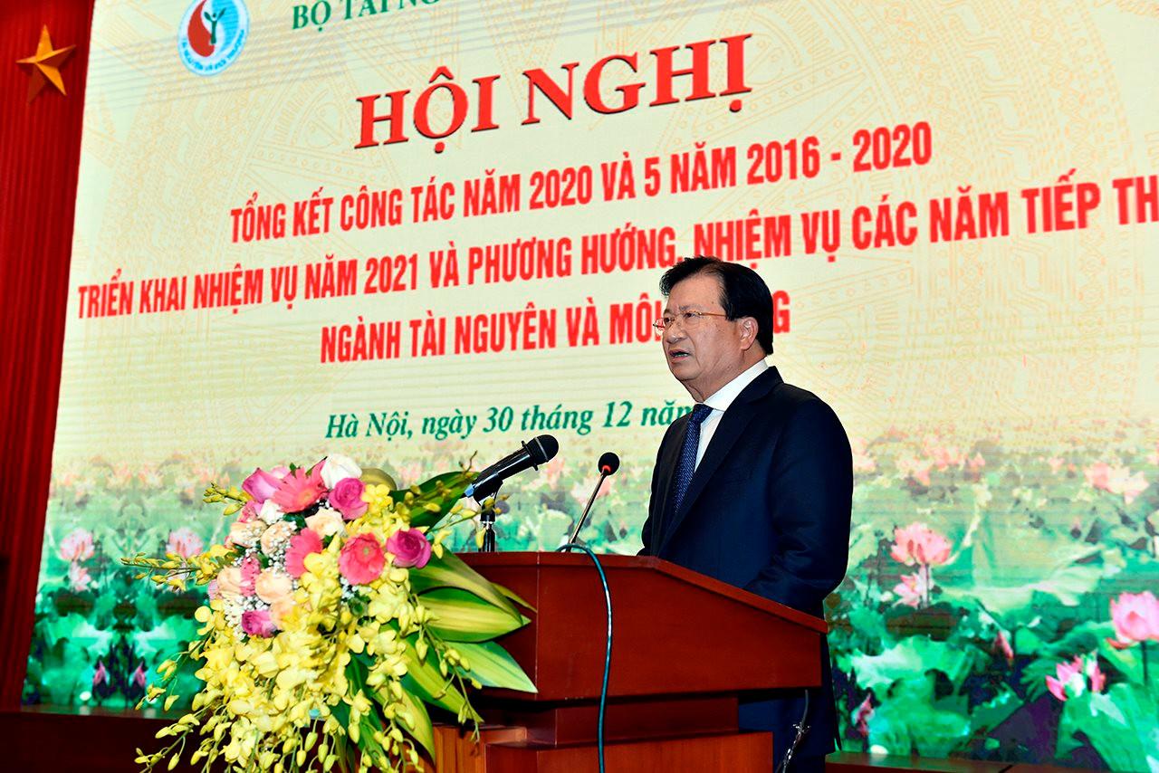 https://btnmt.1cdn.vn/2020/12/30/small_pho-thu-tuong-phat-bieu.jpg