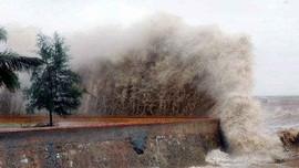 Thời tiết ngày 25/8: Bão nối bão gió giật mạnh ngoài biển Đông
