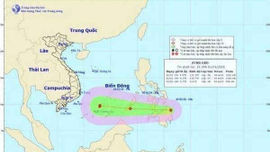Áp thấp nhiệt đới đang hướng vào Biển Đông, miền Bắc duy trì nền nhiệt thấp