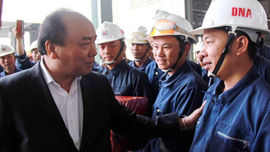 Thủ tướng Nguyễn Xuân Phúc thăm và tặng quà Tết tại tỉnh Đắk Nông