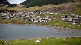 Nhà sản xuất than cốc của Bosnia bị yêu cầu ngừng hoạt động do vi phạm môi trường