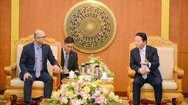 Bộ trưởng Trần Hồng Hà mong doanh nghiệp Hoa Kỳ hợp tác giải quyết vấn đề rác thải nhựa trên biển