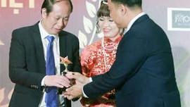 """Được xướng tên trong Gala """"Tôn vinh Doanh nhân Đất Việt 2018"""", VietBuildings cam kết phát huy các giá trị gia tăng tốt nhất cho cộng đồng cư dân"""