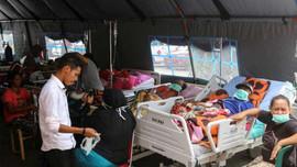 Động đất ở Indonesia: Số người chết tăng lên 30, nhiều người vẫn ở trong nhà tạm trú