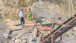 """Lỗ hổng quản lý khai thác cát sỏi lòng sông: Sơn La còn nhiều mối lo """"cát tặc"""""""