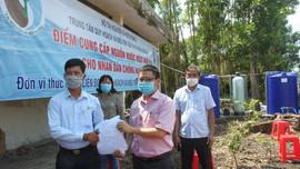 Bộ TN&MT bàn giao điểm cấp nước ngọt miễn phí thứ 5 tại Đồng bằng sông Cửu Long