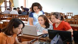 Hơn 600 tổ trưởng chuyên môn của các trường THPT được tập huấn tinh giản và xây dựng kế hoạch môn học