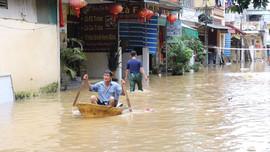 TP. Yên Bái nhiều tuyến đường ngập sâu trong nước