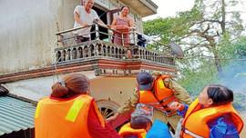Thừa Thiên Huế: Tính mạng của dân phải đặt lên hàng đầu, không để ai thiếu đói vì lũ