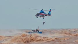 Thủ tướng khen ngợi các lực lượng cứu hộ thuyền viên