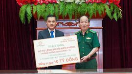 Tập đoàn Hưng Thịnh trao tặng 10 tỷ đồng cho Bộ Tư lệnh BĐBP hỗ trợ phòng, chống Covid-19