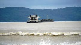 15 thuyền viên trên tàu hàng mắc cạn tại khu vực ven biển Đà Nẵng