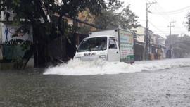 Thời tiết ngày 12/10: Trung Bộ tiếp tục mưa lớn