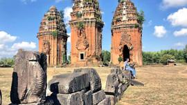 Ngôi cổ tháp ngàn năm cao nhất Đông Nam Á sừng sững với thời gian