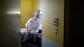 Cập nhật dịch COVID-19 sáng 13/10: Ca bệnh tại các phòng chăm sóc đặc biệt của Pháp cao nhất trong gần 5 tháng