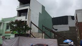 Đà Nẵng: Khẩn cấp di dời học sinh khỏi trường học nghiêng do sụt lún