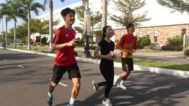 Gần 11 ngàn sinh viên Đại học Đà Nẵng và Thái Nguyên chạy để trồng Một triệu cây xanh trong đô thị