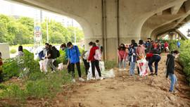 Hà Nội: Hơn 1.500 bạn trẻ chung tay dọn sạch các bãi rác tự phát