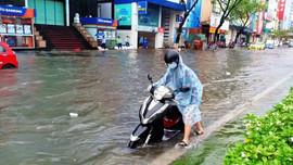 Đà Nẵng tiếp tục mưa lớn, khẩn trương khắc phục hậu quả áp thấp nhiệt đới