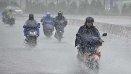 Dự báo thời tiết ngày 18/10: Trung Bộ mưa lớn kéo dài