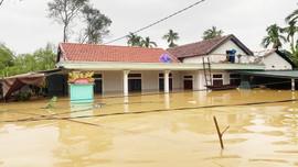 Mưa lũ gây thiệt hại nặng nề, Thừa Thiên Huế đề xuất hỗ trợ khẩn cấp