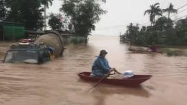 Hà Tĩnh: 4 người chết và mất tích, 31.000 hộ dân bị ngập nặng do mưa lũ