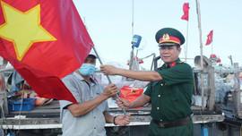 Ngư dân Thừa Thiên Huế vươn khơi, bám chắc chủ quyền biển đảo