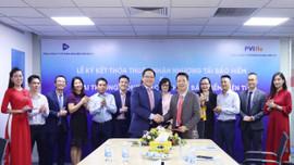 PVIRe và VBI ký thỏa thuận nhận nhượng tái bảo hiểm và khai trương cổng giao dịch tái bảo hiểm điện tử