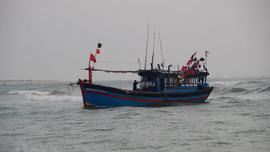Bão số 8 diễn biến phức tạp, cần quản lý chặt chẽ tàu thuyền