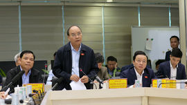 Thủ tướng Nguyễn Xuân Phúc trực tiếp chỉ đạo công tác dự báo bão số 9