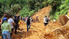 Thêm 1 vụ sạt lở ở Quảng Nam: 13 người tại Phước Sơn bị vùi lấp